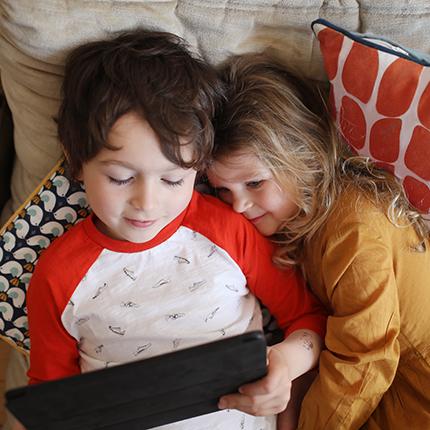 Dokus für Kinder – Bildschirmzeit sinnvoll nutzen