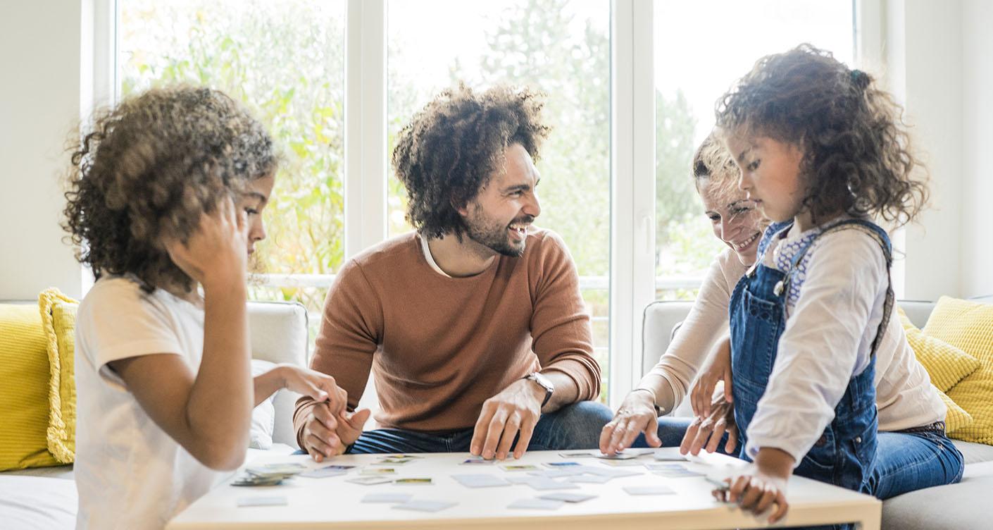 Coole Gesellschaftsspiele für die ganze Familie