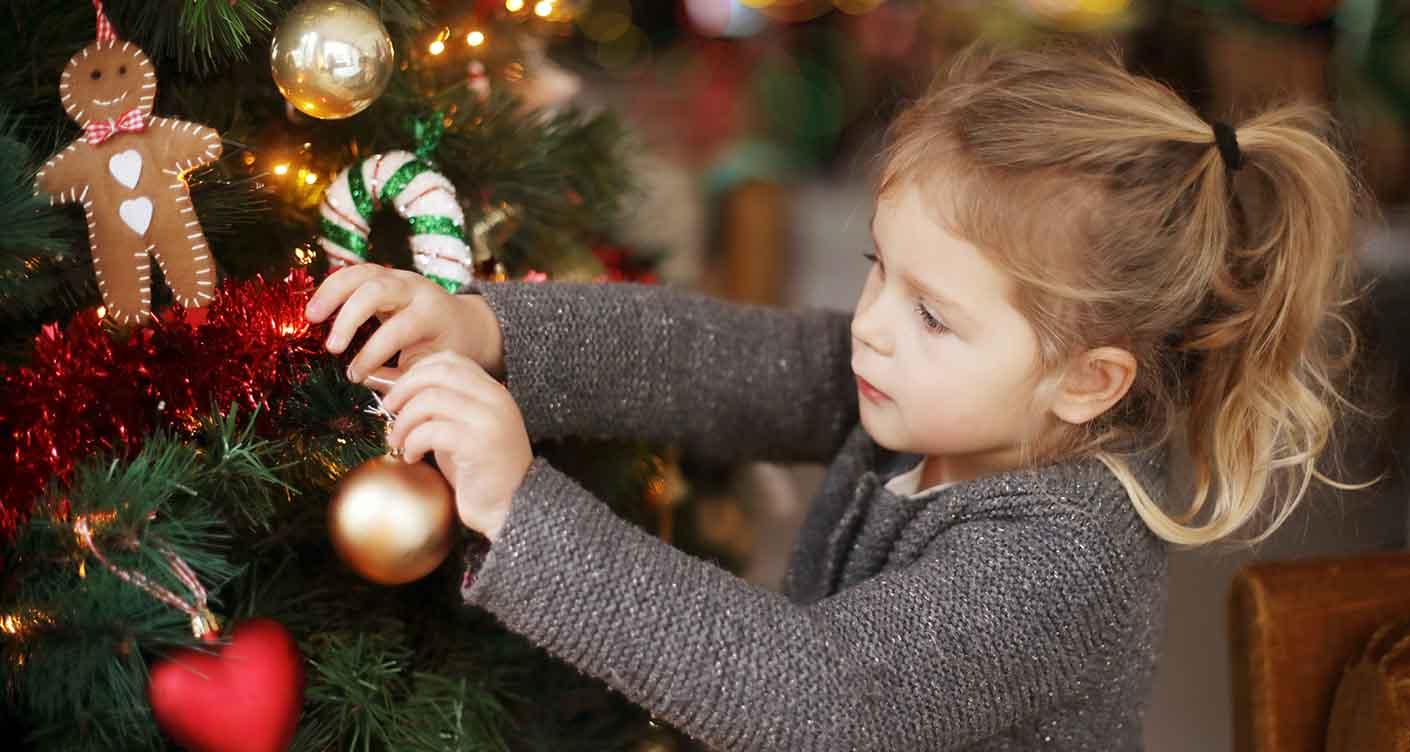 Die Geschichte von Weihnachtsmann, Christkind & Co