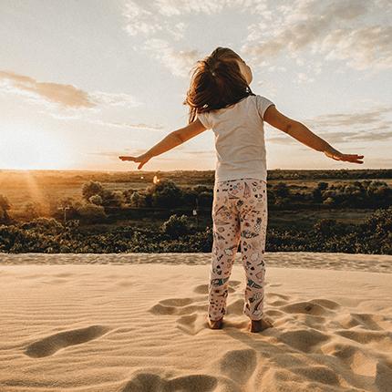 Sonnenschutz für Kinder – Das müssen Eltern im Sommer beachten