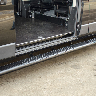LUVERNE van side steps O-Mega II on Ram ProMaster 2500 sliding door