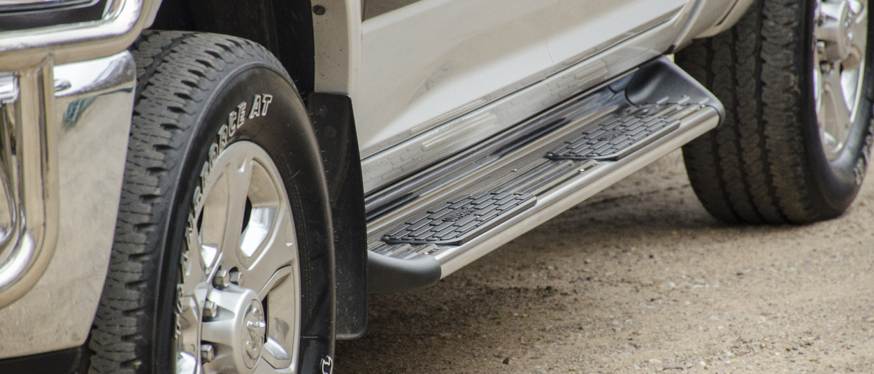 LUVERNE stainless steel Side Entry Steps on a Ram 3500