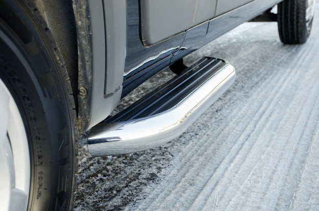 LUVERNE MegaStep® running boards for cargo van on Ram ProMaster 2500