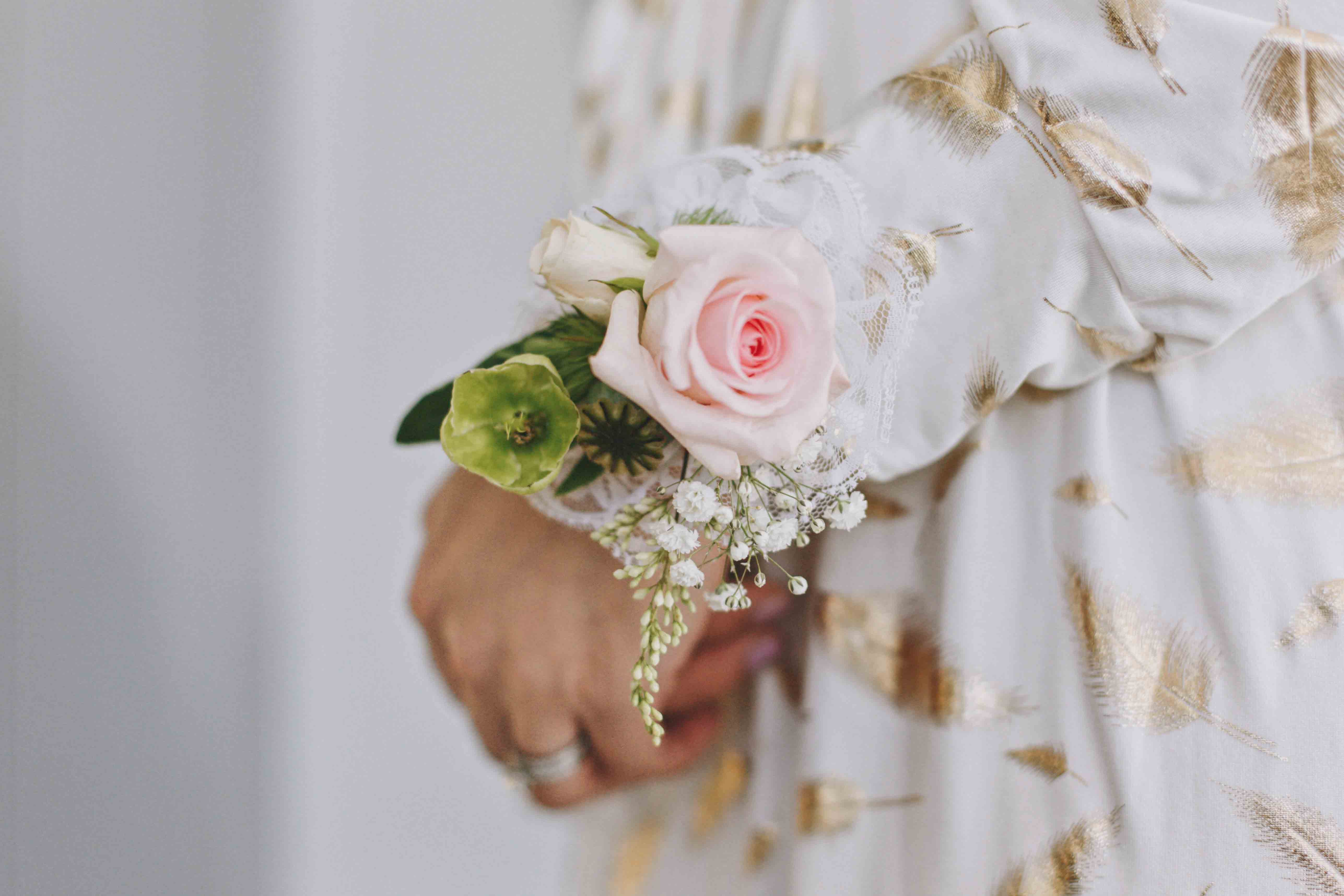 Corsage for Savar by Luxe Dream Floral Studio