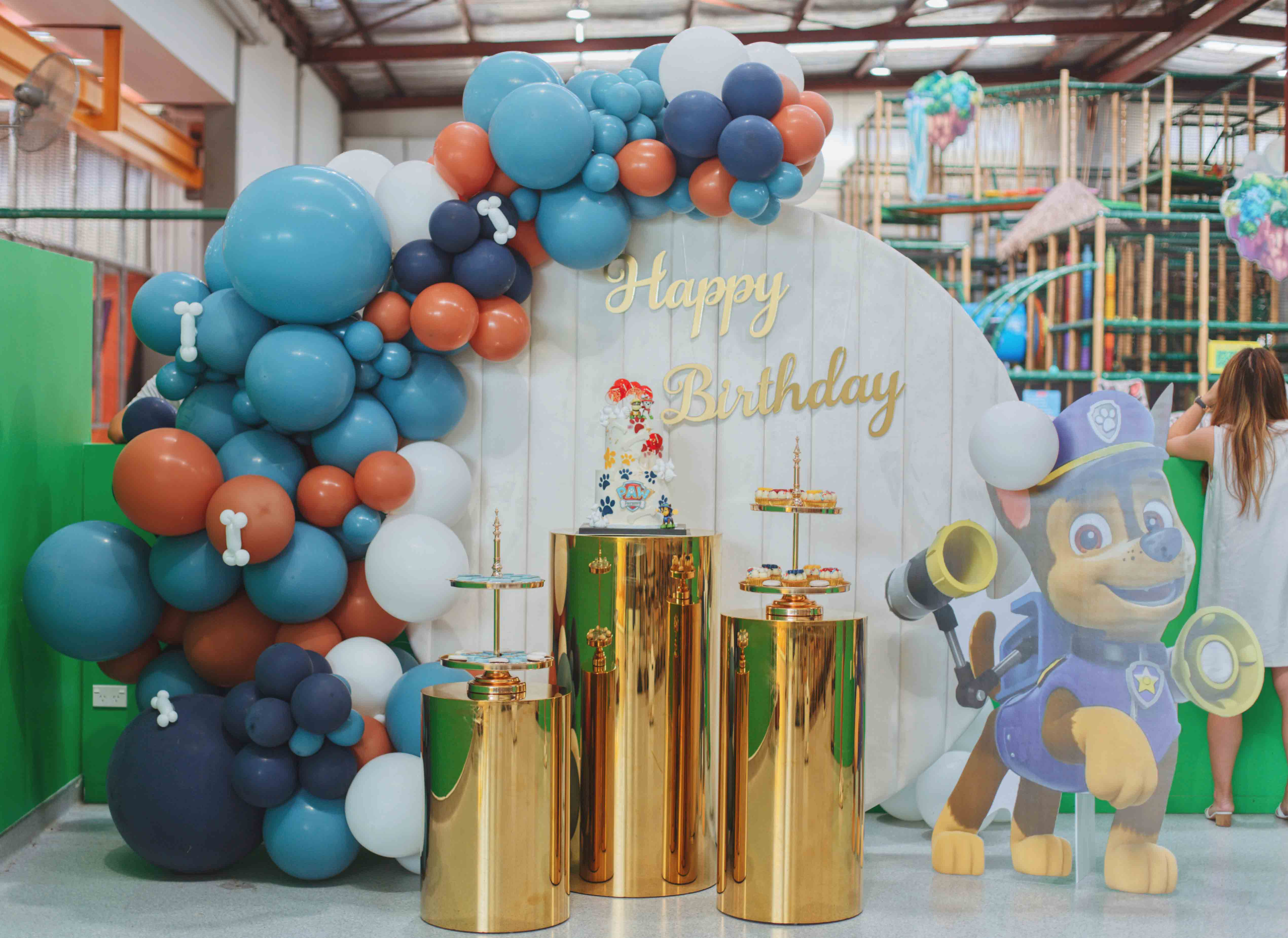 Styling and Hire by Luxe Dream / Balloons by GEM Balloon