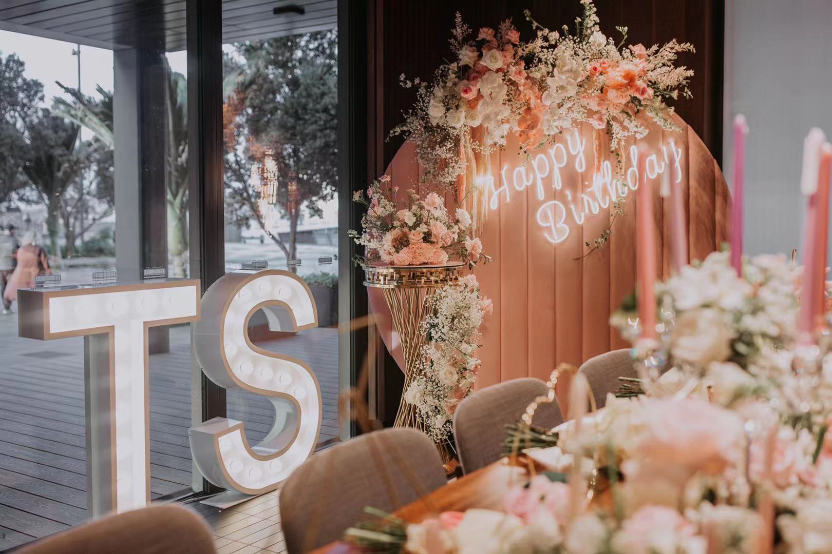 Floral Masterclass // Styling and Hire by Luxe Dream