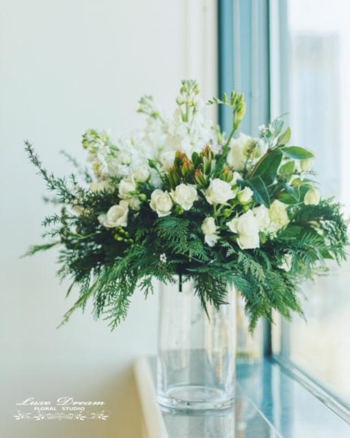 Flower Arrangement by Luxe Dream Floral Studio