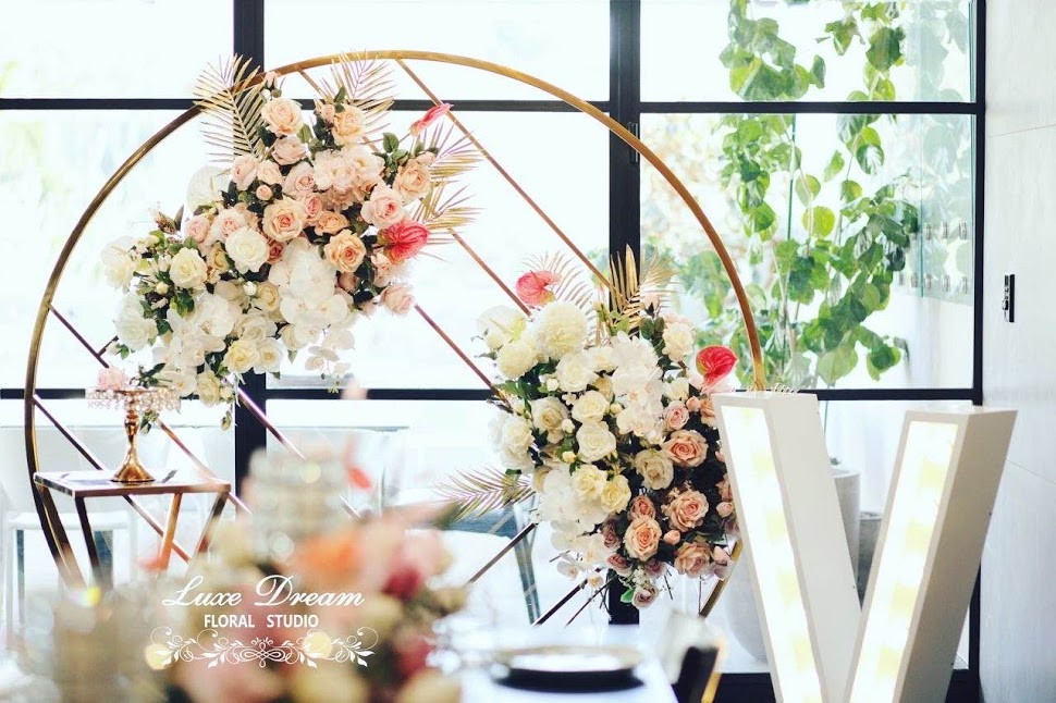 Octavia Geometric Round Wall and Flowers by Luxe Dream Event Hire & Floral Studio. Thank you Gerome.