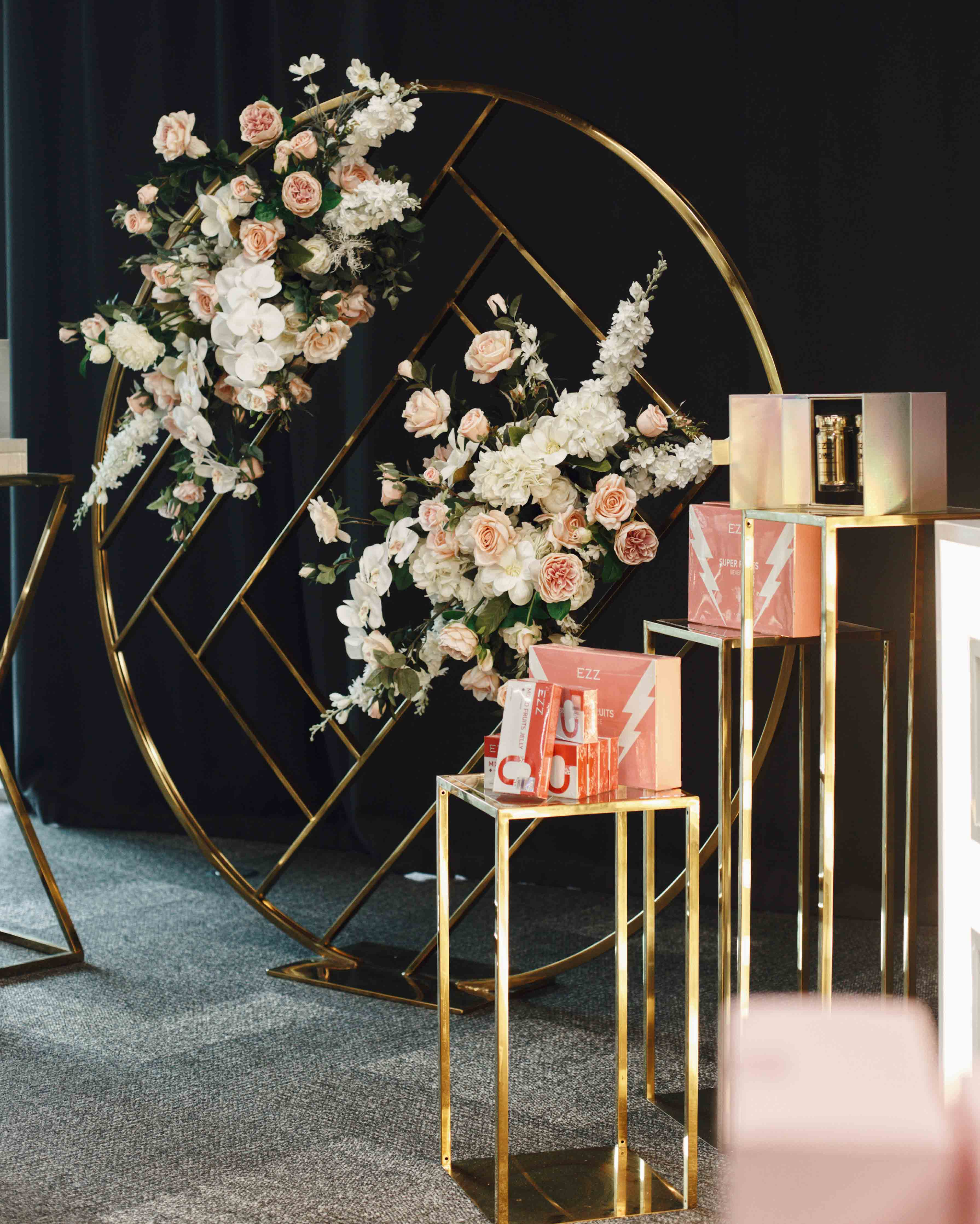 Geometric Wall and Hollow Gold Plinths by Luxe Dream Event Hire / Flowers by Luxe Dream Floral Studio