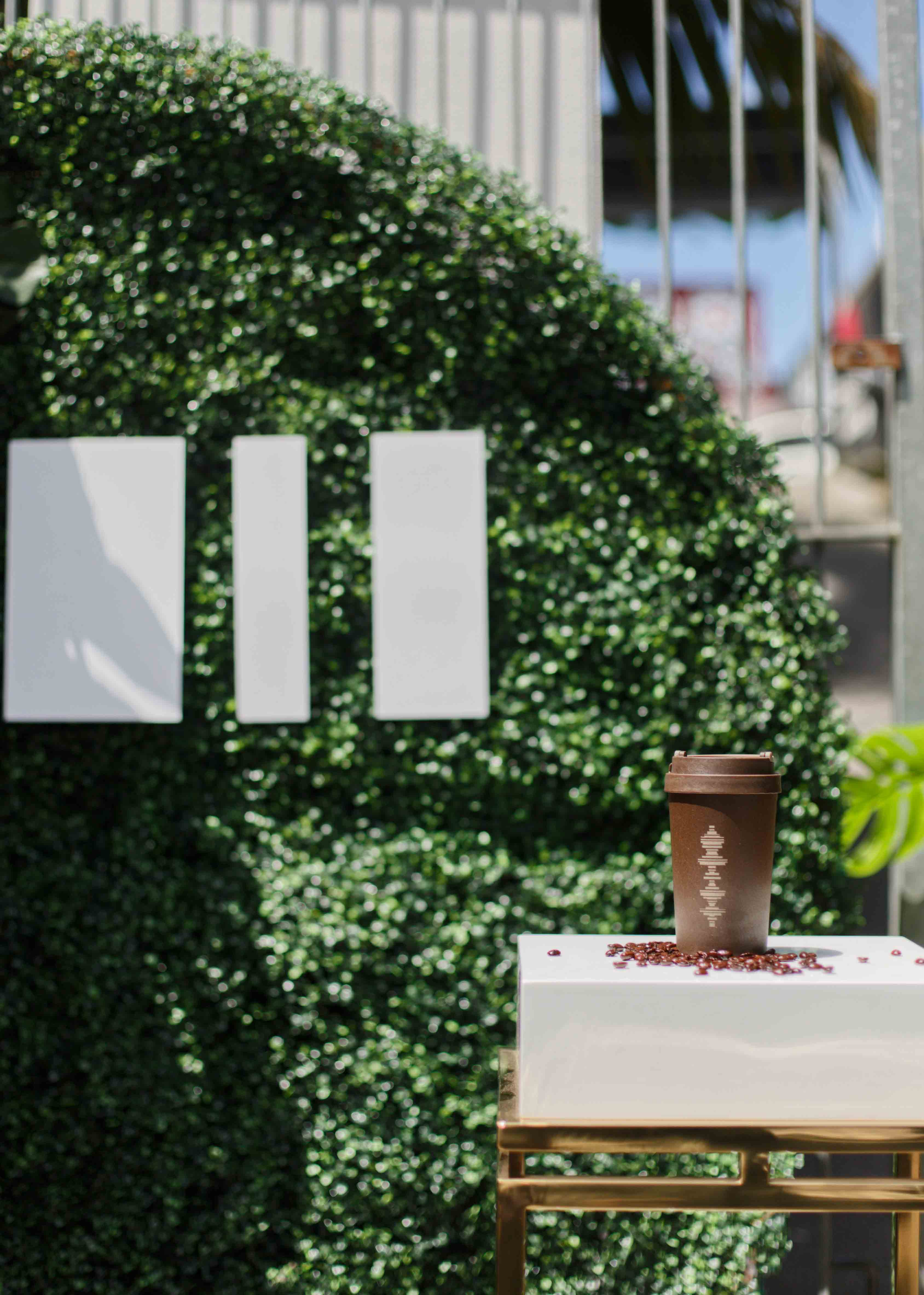 Plinth and Hedge Backdrop by Luxe Dream Event Hire / Product by iiiTech