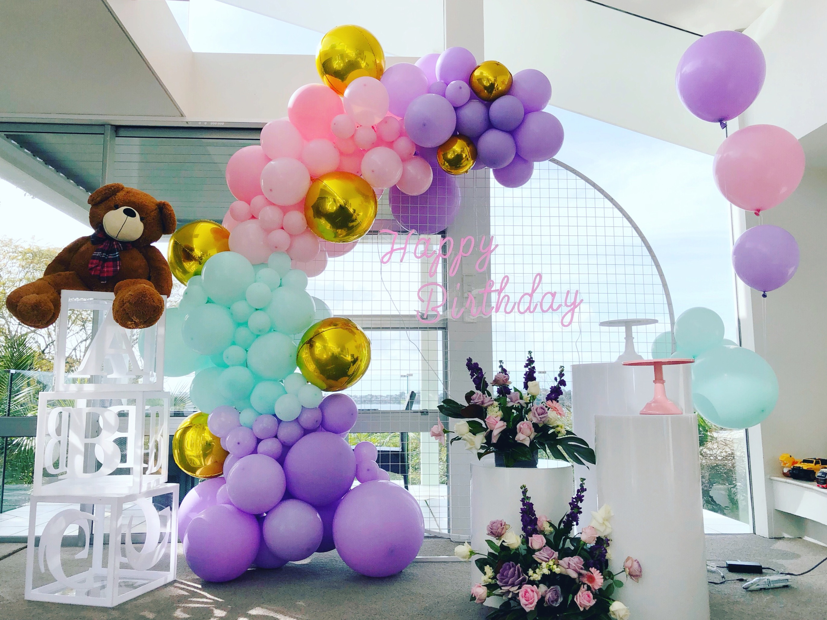 By Luxe Dream Event Hire