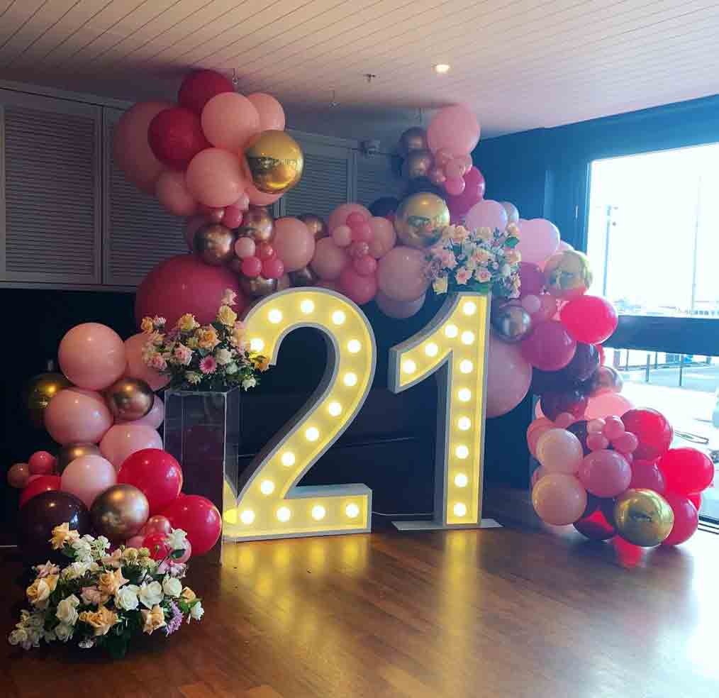 Props by Luxe Dream Event Hire / Table Flowers by Luxe Dream Floral Studio / Balloons by OMG