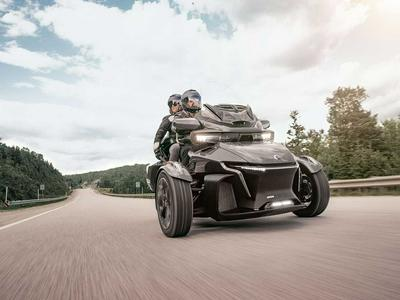 2020 Can-Am Spyder RT First Look Preview