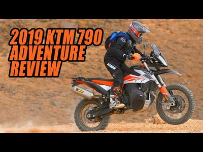2019 KTM 790 Adventure R and S Review