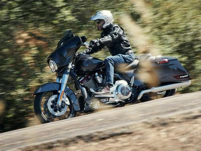 2020 Harley-Davidson CVO Street Glide First Ride Review
