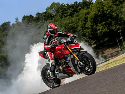 2020 Ducati Streetfighter V4 First Look Preview