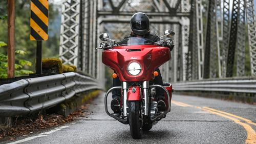 2019 Indian Chieftain First Ride Review