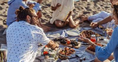 9 De-Bloating Foods You'll Want to Eat Before Hitting the Beach