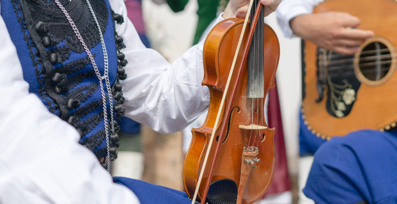 Traditional events with Cretan music and dances
