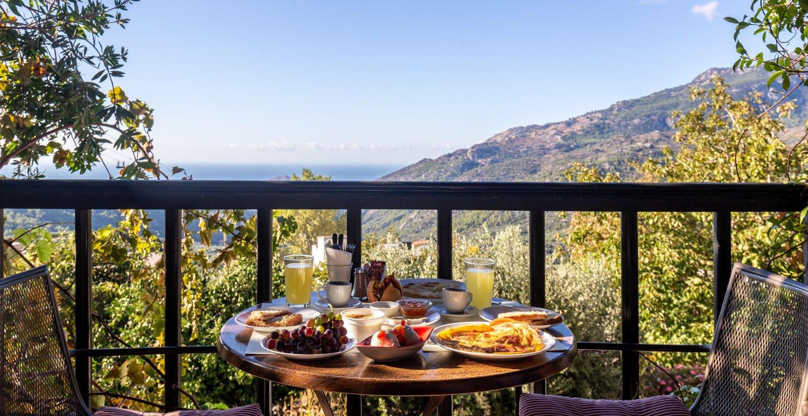 The rich breakfast of Mala Villa in Crete