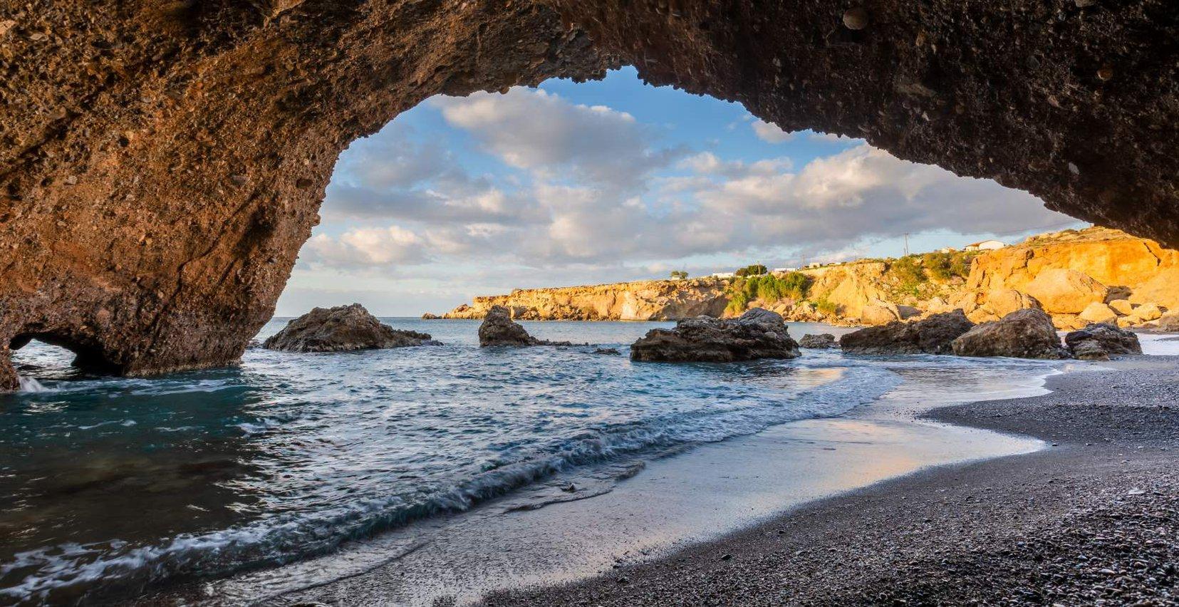 Glorious Kalo Nero beach near Mala Villa