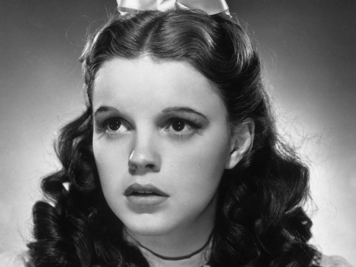 Judy Garland The Life And Death Of A Hollywood Legend