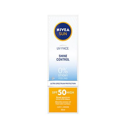 Box of UV Face Shine Control SPF50