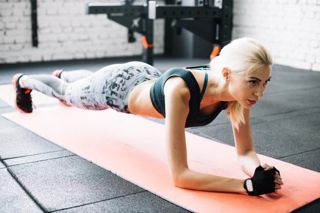 Manfaat plank untuk lengan