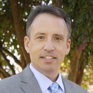 Robert J McGuirk, Exq., headshot