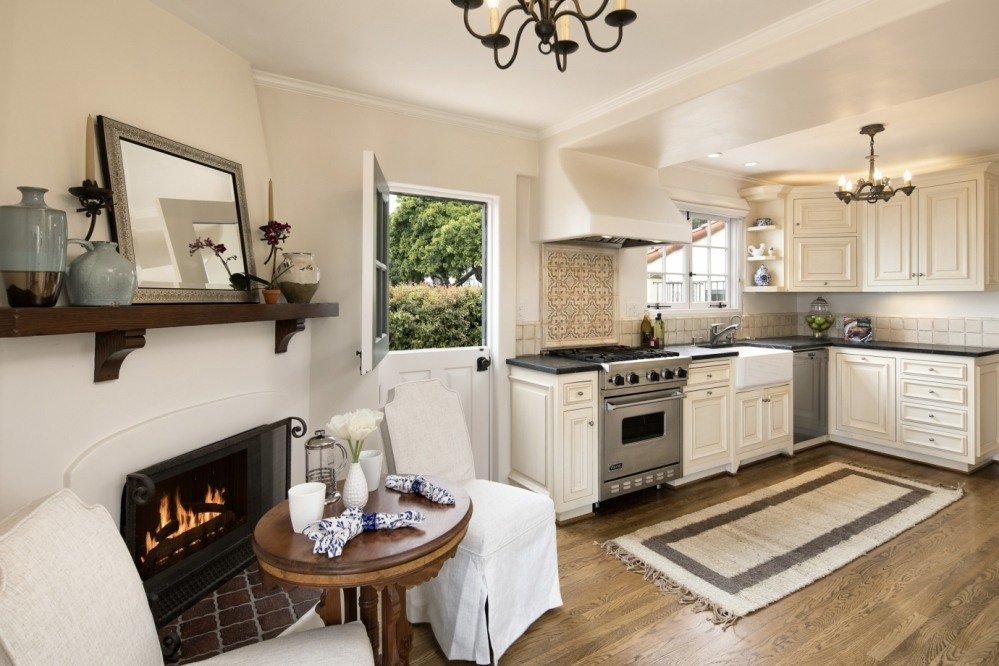 Gourmet Kitchen and with Cozy Fireplace