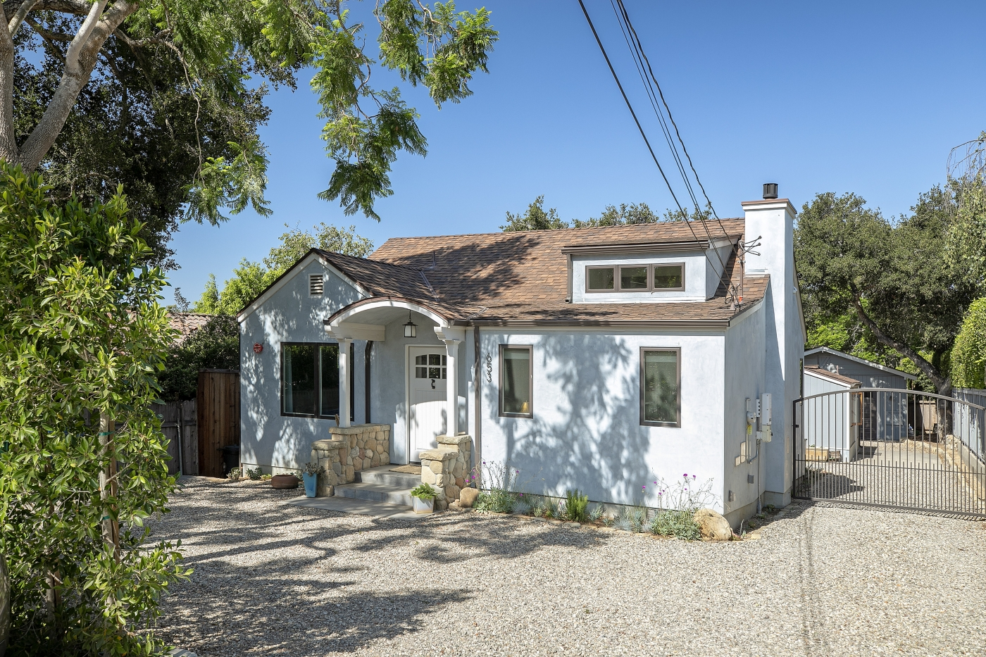 Montecito Village Cottage