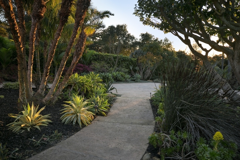 Front Entry Gardens & Walkways