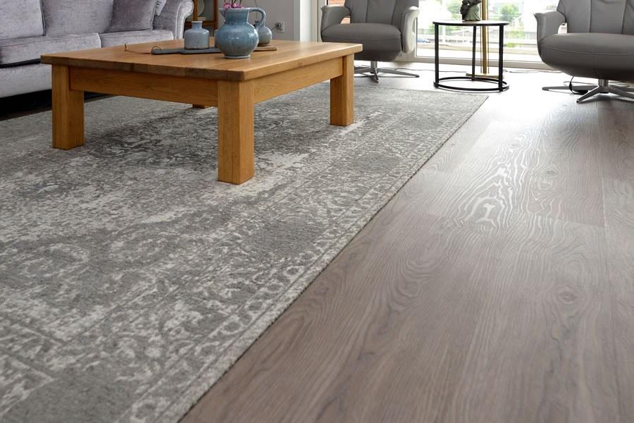 Pvc Inclusief Leggen : Pvc vloer visgraat houtlook betonlook marsman maatwerk