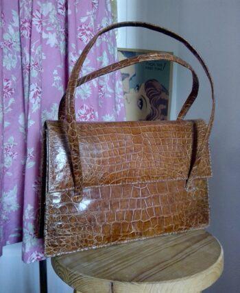 Joli sac en cuir de croco vintage