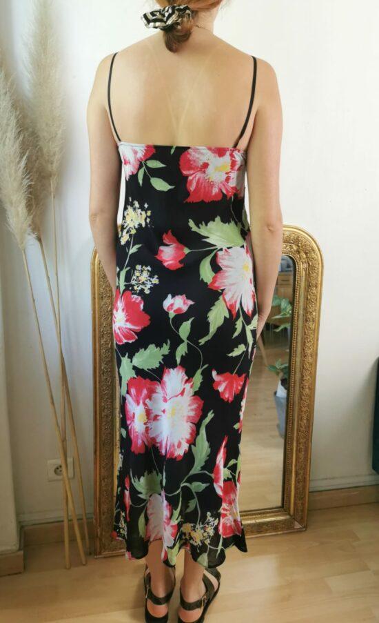Magnifique robe fines bretelles à fleurs