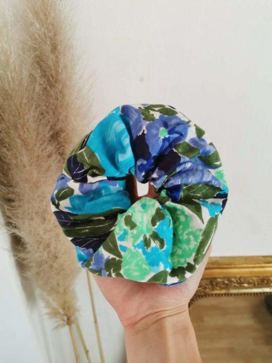 Chouchou fleuri tons bleu