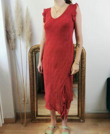 Très jolie robe à pois rouge vintage et volants