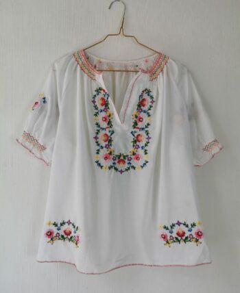 Magnifique blouse hongroise vintage