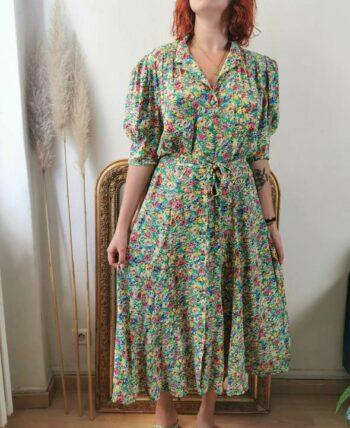Magnifique robe à fleurs en viscose vintage