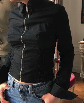 Chemise noire à zip col pointu