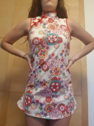 "Robe fleurie courte ""japonisante"""