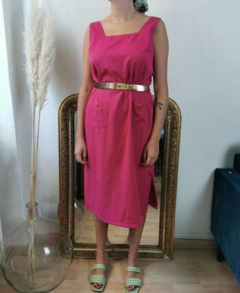 Magnifique robe fushia boutonnée sur le côté en coton