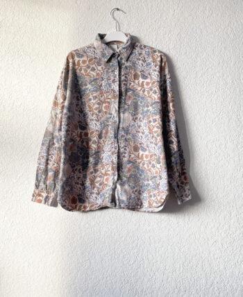 Chemise en coton à petits motifs liberty et noeud au dos