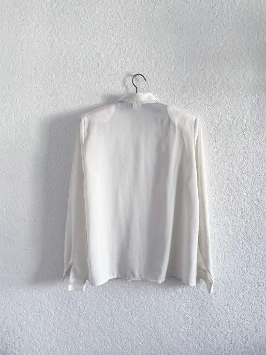 Chemiser fluide blanc brodé motifs foulard à manches longues