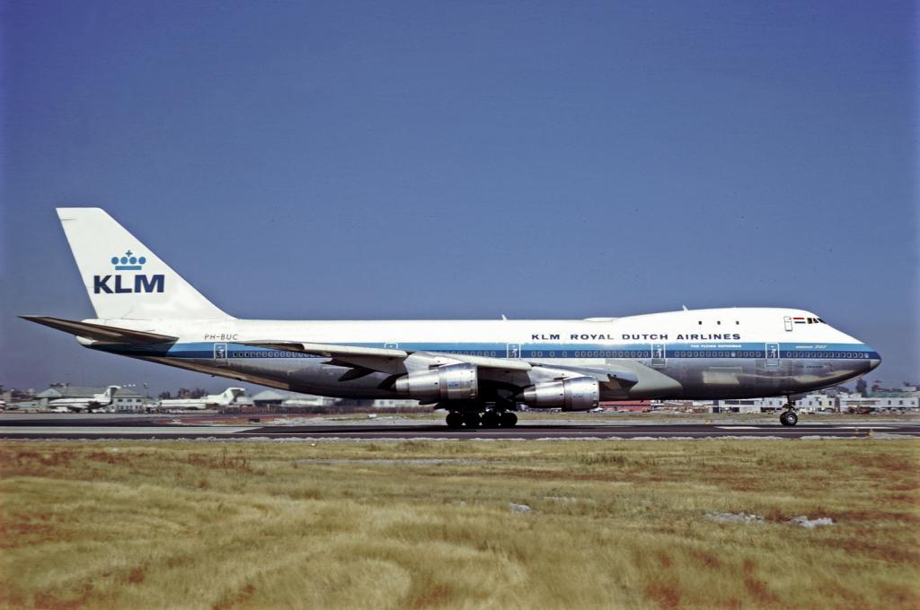 KLM_Boeing_747-206_Volpati-1