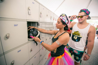 Fans using personal lockers at Sunset Music Festival 2015