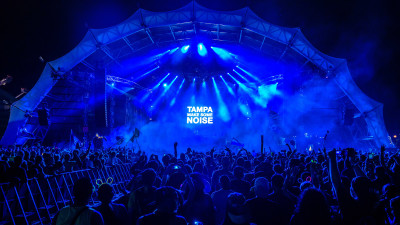 Main stage at Sunset Music Festival 2015