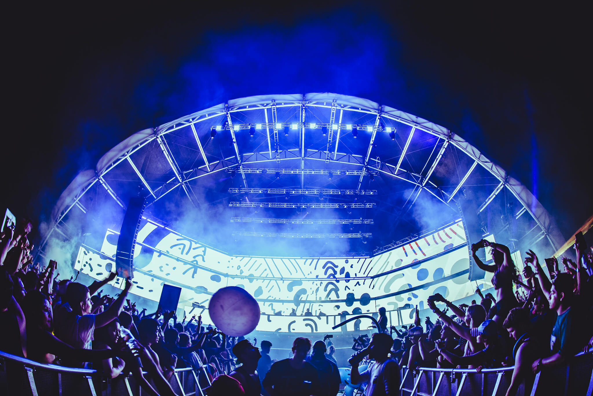 Main stage at Sunset Music Festival 2016