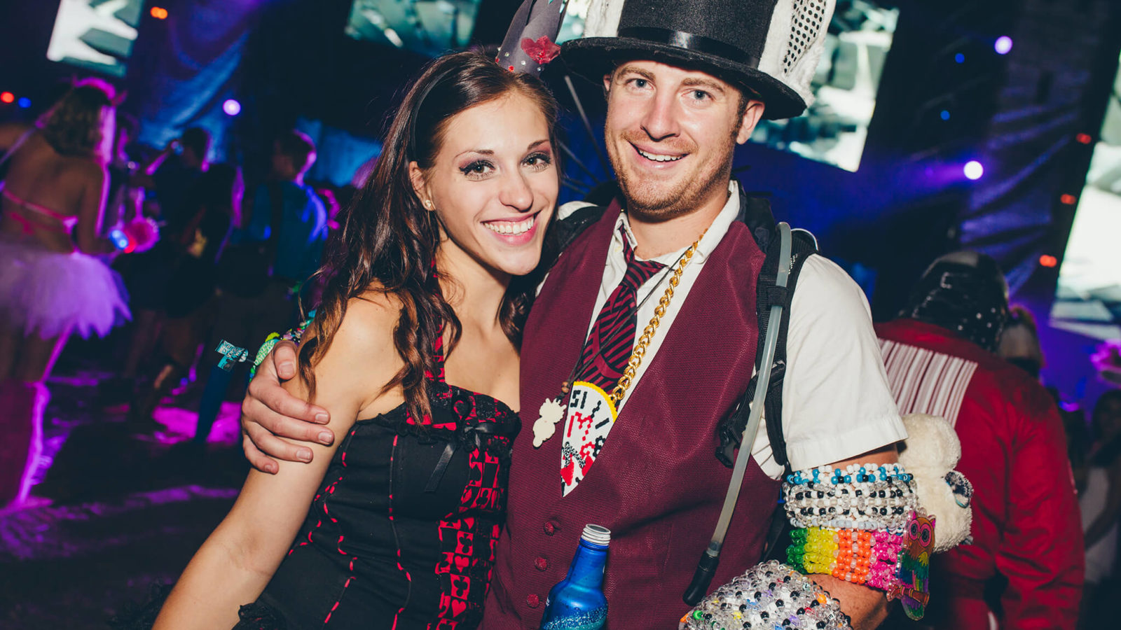 costumed fans at something wicked