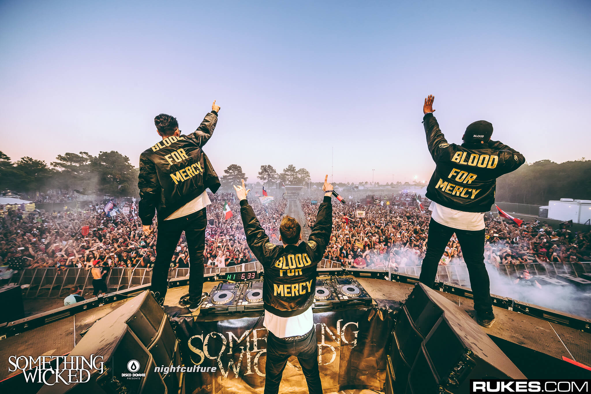 Yellow Claw performing at Something Wicked. Photo by Rukes.